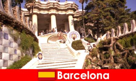 Лучшие достопримечательности и для туристов в Барселоне