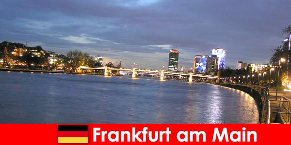 Эксклюзивные роскошные поездки в город Франкфурт-на-Майне в Нобелевских отелях