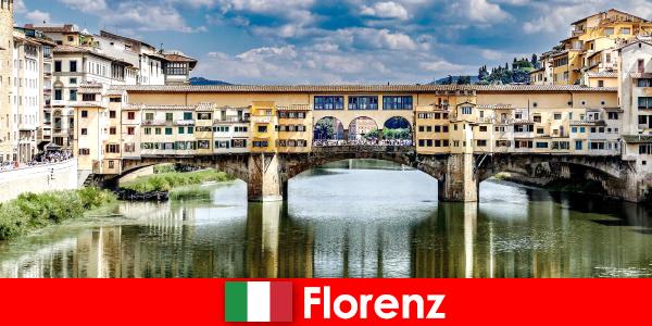 Эмигрировал во Флоренцию как пенсионер с семьей и детьми