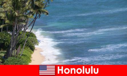 Испытайте главные достопримечательности Гонолулу с семьями