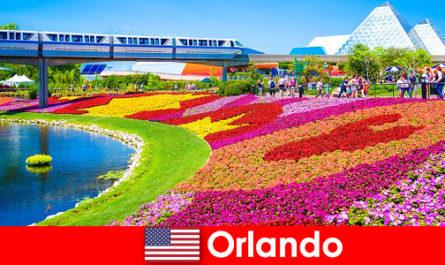 Орландо - туристическая столица США с многочисленными тематическими парками.