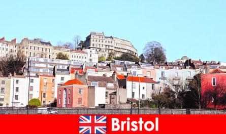 Бристоль - город с молодежной культурой и дружеской атмосферой для незнакомцев