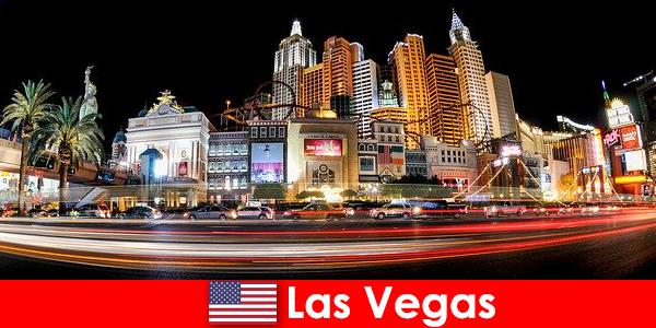 Лас-Вегас, мировая столица развлечений, радует иностранцев своей ночной жизнью