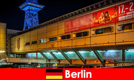 Окунитесь в ночную жизнь Берлина с борделями и благородными эскорт-моделями.