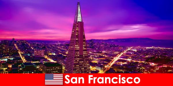 Сан-Франциско — оживленный культурный и экономический центр для иммигрантов.