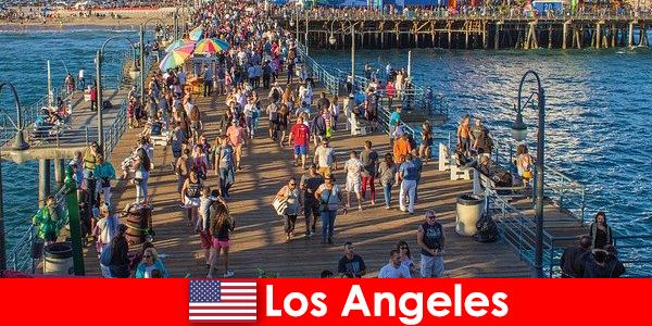 Профессиональные гиды для лучших лодочных туров и круизов по Лос-Анджелесу