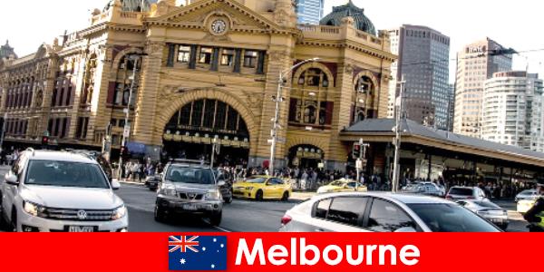 Крупнейший в Мельбурне рынок под открытым небом в южном полушарии — место встречи незнакомцев.