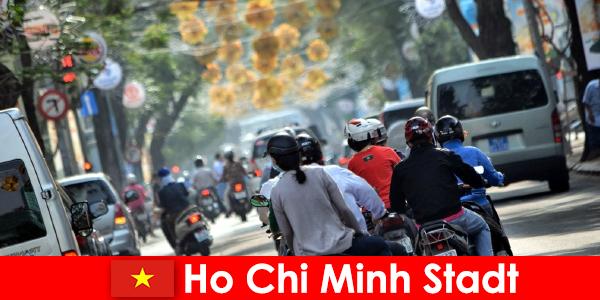 Хошимин HCM или HCMC или HCM город известен как Чайнатаун.