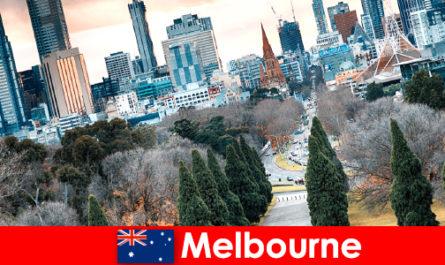 Культурное разнообразие в Мельбурне также радует краткосрочных отдыхающих.