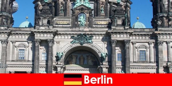 Несмотря на Covid 19, Берлин привлекает новых туристов со всего мира