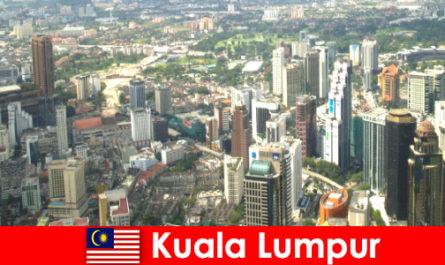 Куала-Лумпур в Малайзии Любители Азии приезжают сюда снова и снова